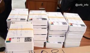 Nouvelles cartes d'électeurs pour le compte de la présidentielle 2016